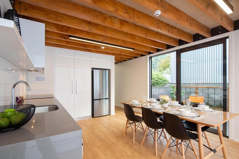 koura-apartment-kitchen